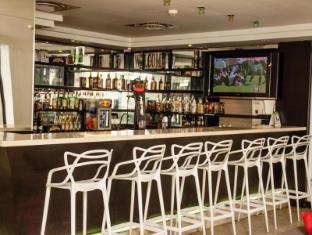 Urban Chic Hotel Cape Town - Pub/Lounge