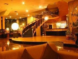 Hotel Oval Surabaya - Interior