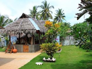 Alumbung Tropical Living Panglao-saari - Sisäänkäynti