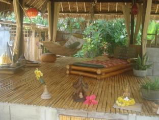 Alumbung Tropical Living Острів Панглао - Інтер'єр готелю