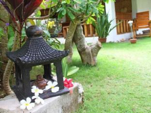 Alumbung Tropical Living Panglao Island - Garden View