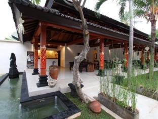 Hotel Melamun Бали - Стойка регистрации