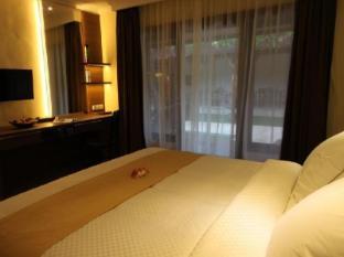 Hotel Melamun Бали - Номер