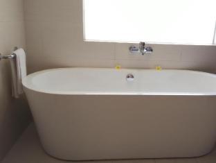 Hotel Melamun Μπαλί - Μπάνιο