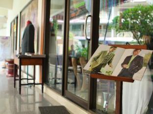 Top North Hotel Chiang Mai - Shops