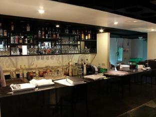 My hotel CMYK @ Ratchada Bangkok - Bar/ Salón