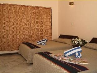 Langkapuri Inn Langkawi - Family Room