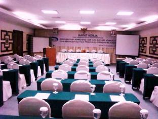PIH ( Pusat Informasi haji ) Batam hotel Batam - Kokoushuone