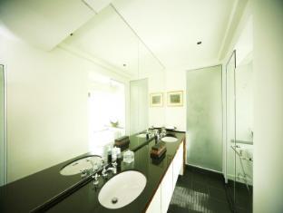 Tadarawadi Pool Villa at Phoenix Pattaya - Bathroom