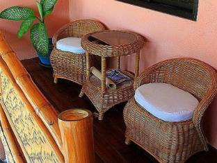 Kayla'a Beach Resort Dimiao - Balkon/Teras