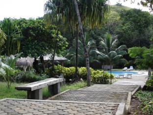Busuanga Island Paradise Hotel Coron - Walkway