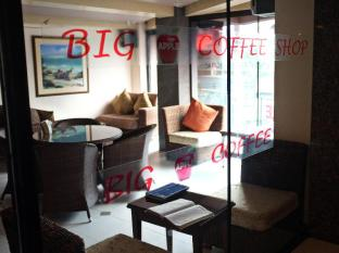 Big Apple Hotel & Bar Davao City - Inne i hotellet