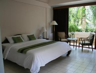 Mae Pim Resort Hotel Rayong - Superior King Bed with balcony
