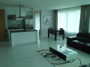 The Baycliff Hotel Phuket - 1 Bedroom With Plunge Pool
