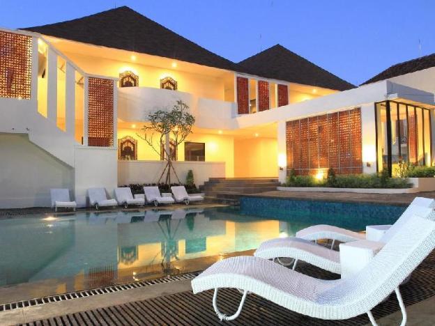 Agung Putra Hotel & Apartments