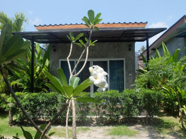 SeaEsta Beach Koh Phangan