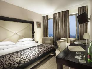 Designhotel Elephant Prague - Superior Double Room