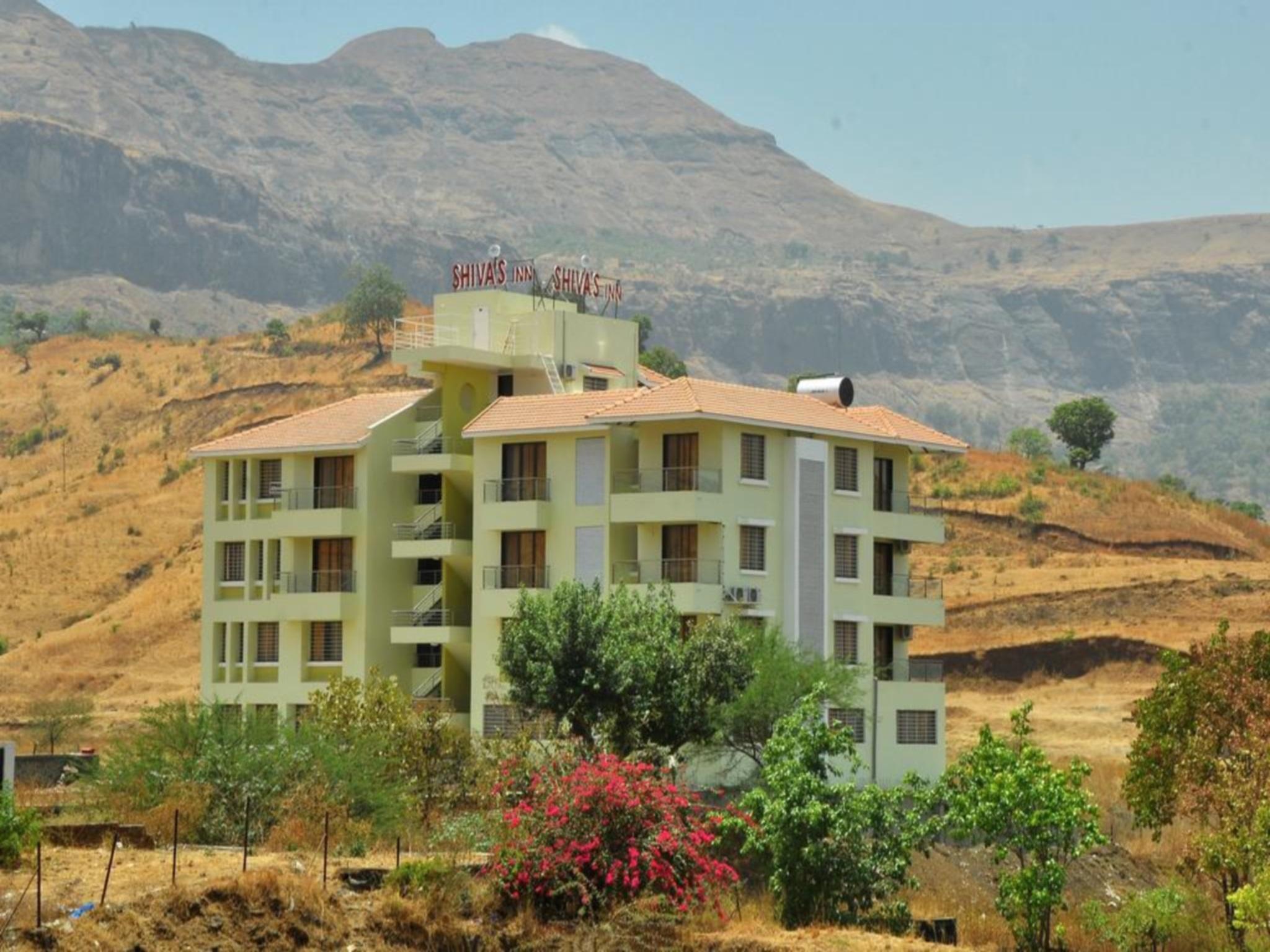 Hotel Shivas Inn