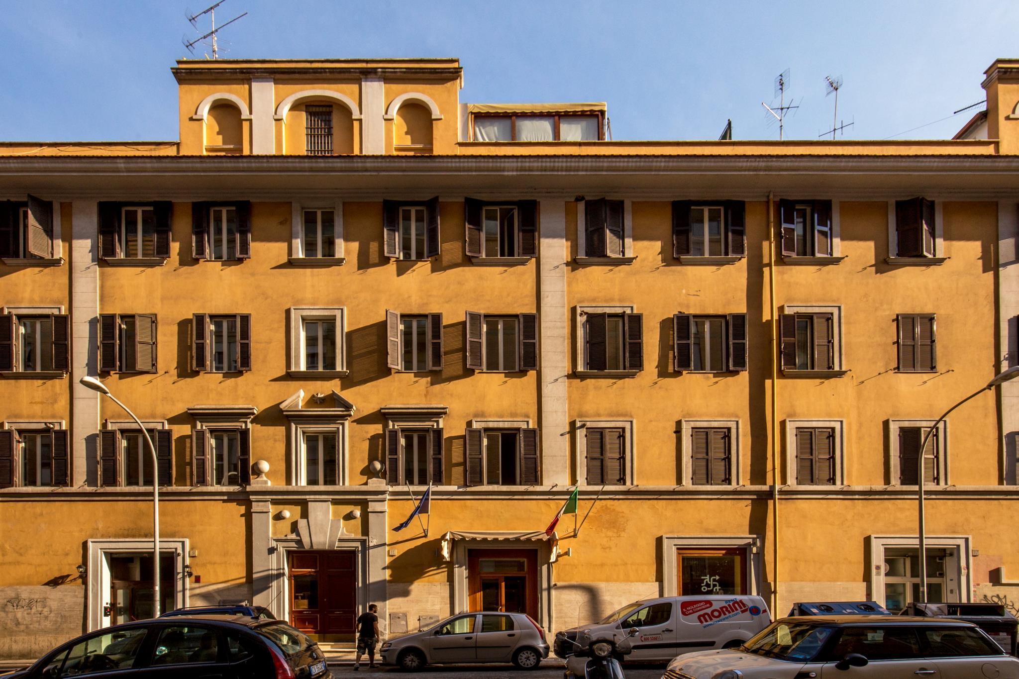 Crossroad Hotel