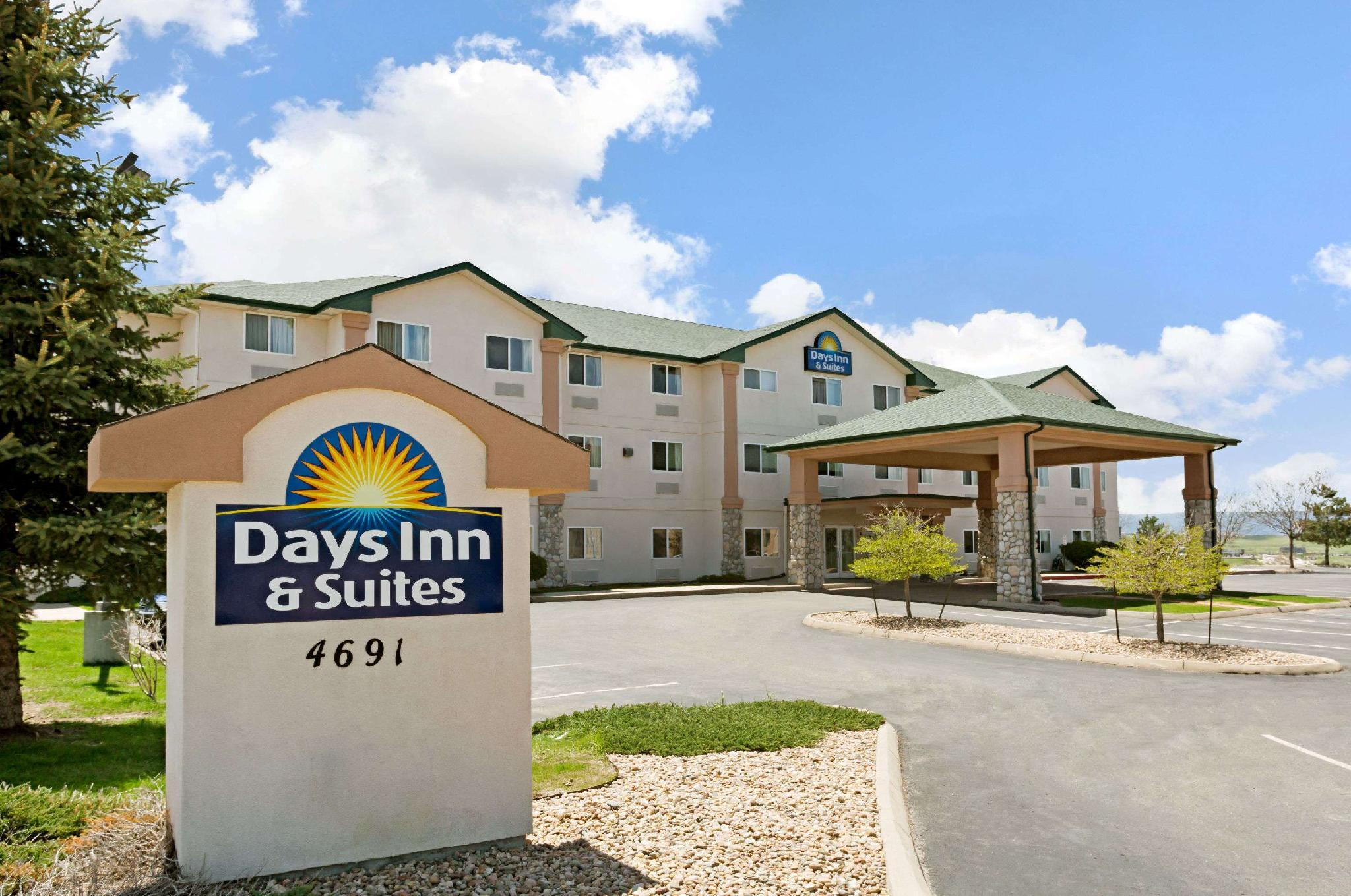 Days Inn And Suites By Wyndham Castle Rock