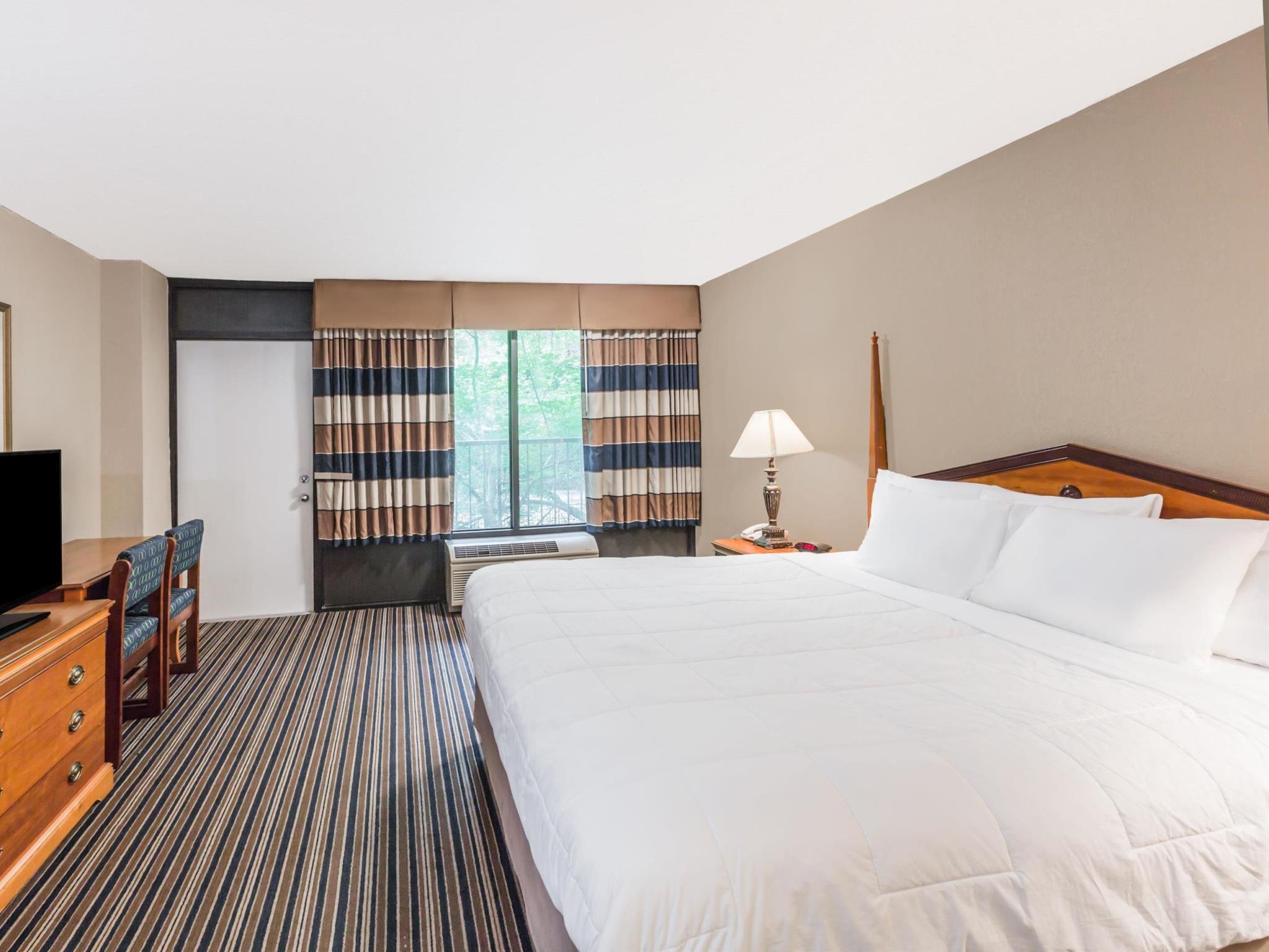 SureStay Plus Hotel By Best Western Gatlinburg