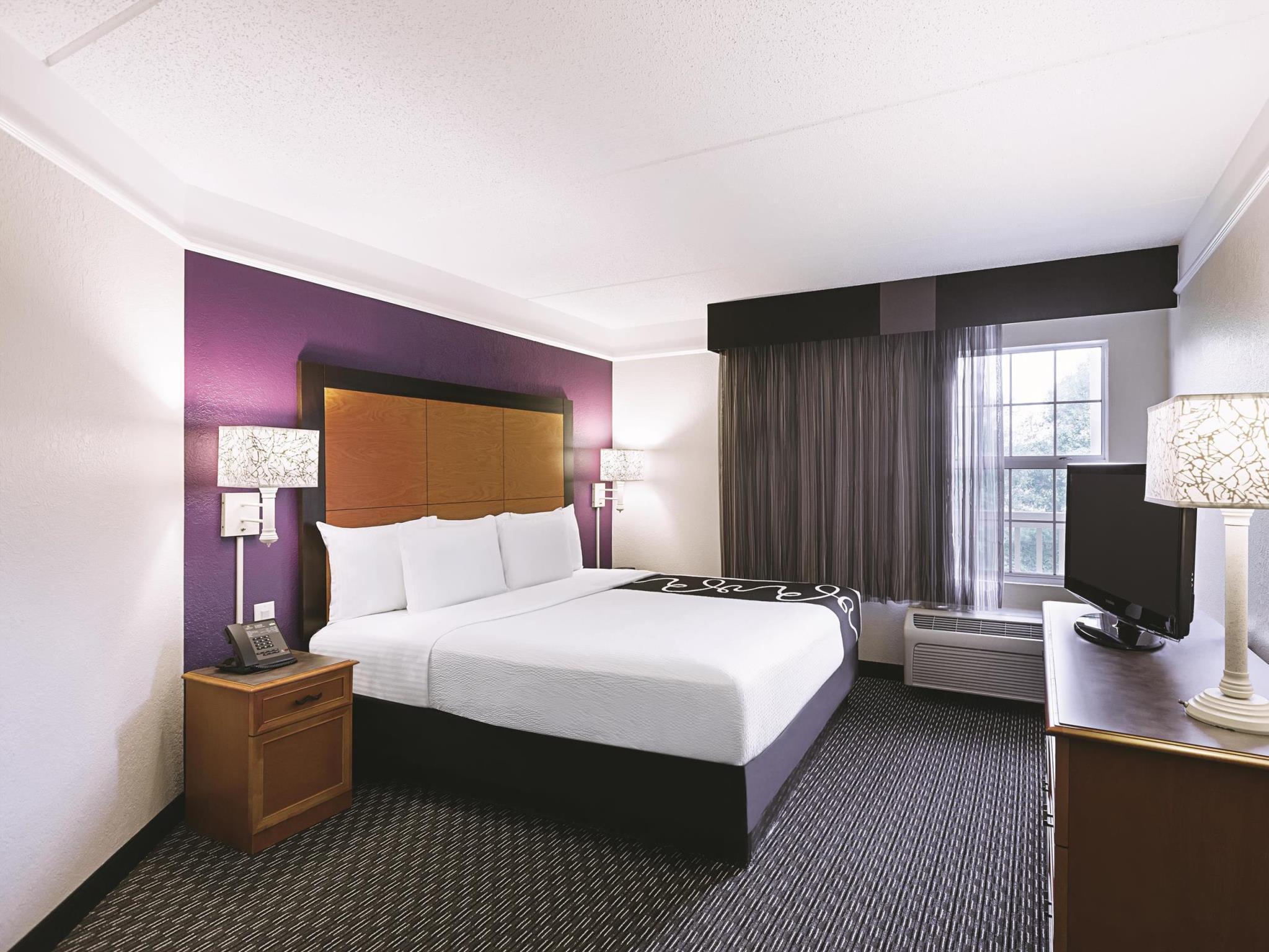 La Quinta Inn & Suites By Wyndham Raleigh Durham Airport