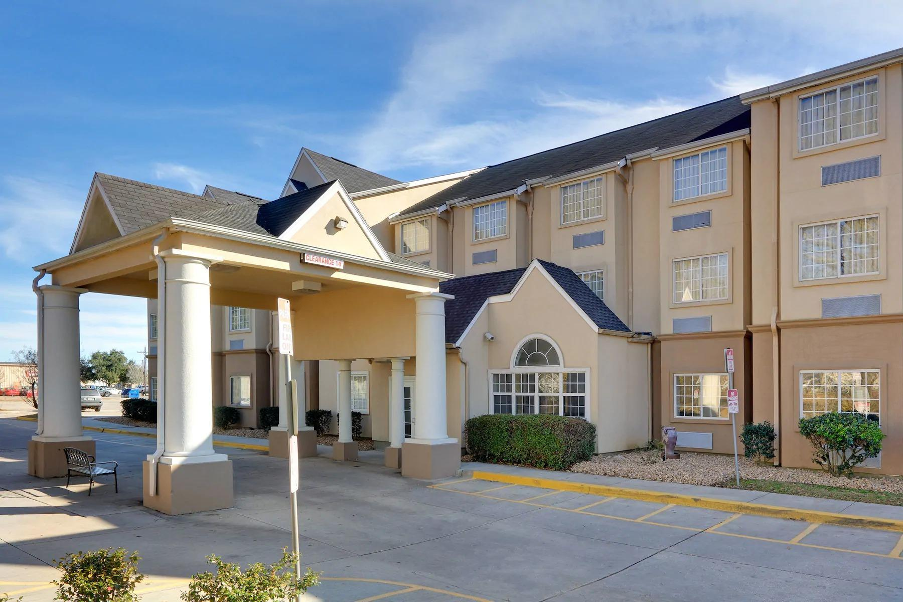 Microtel Inn And Suites By Wyndham Scott Lafayette