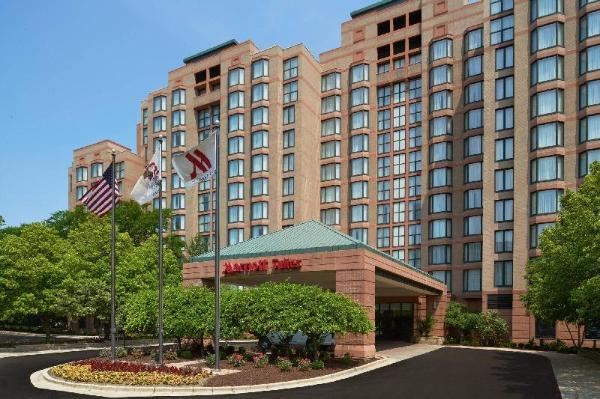 Chicago Marriott Suites O