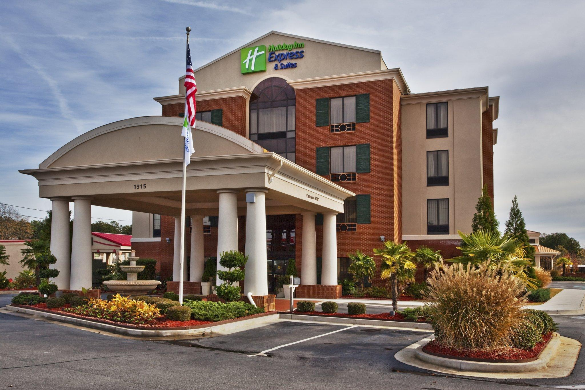 Holiday Inn Express Hotel And Suites McDonough