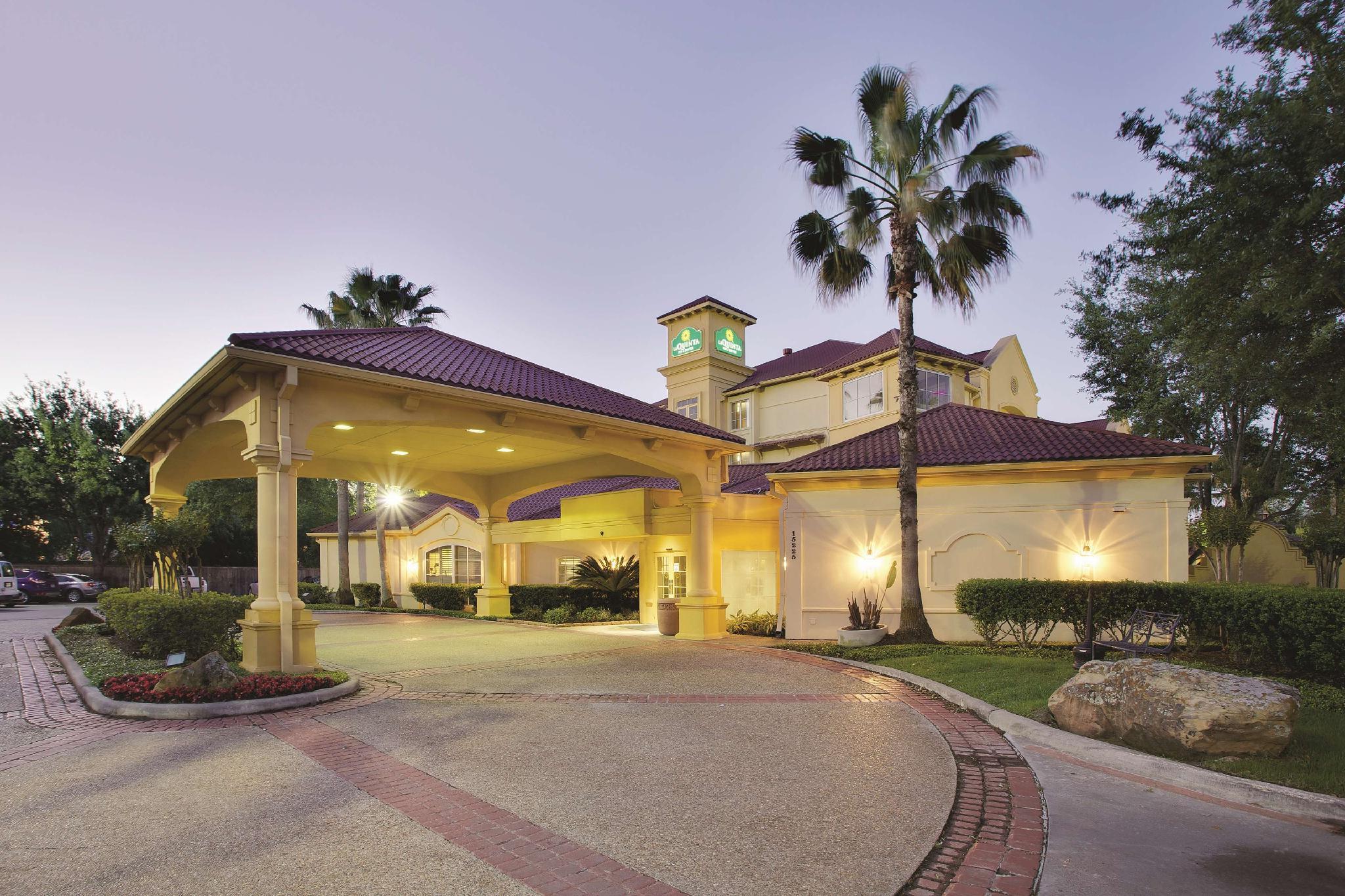 La Quinta Inn And Suites By Wyndham Houston West Park 10