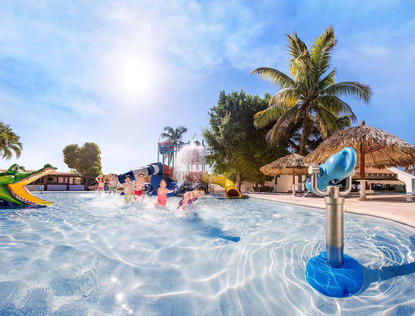 Review Park Royal Ixtapa-All Inclusive