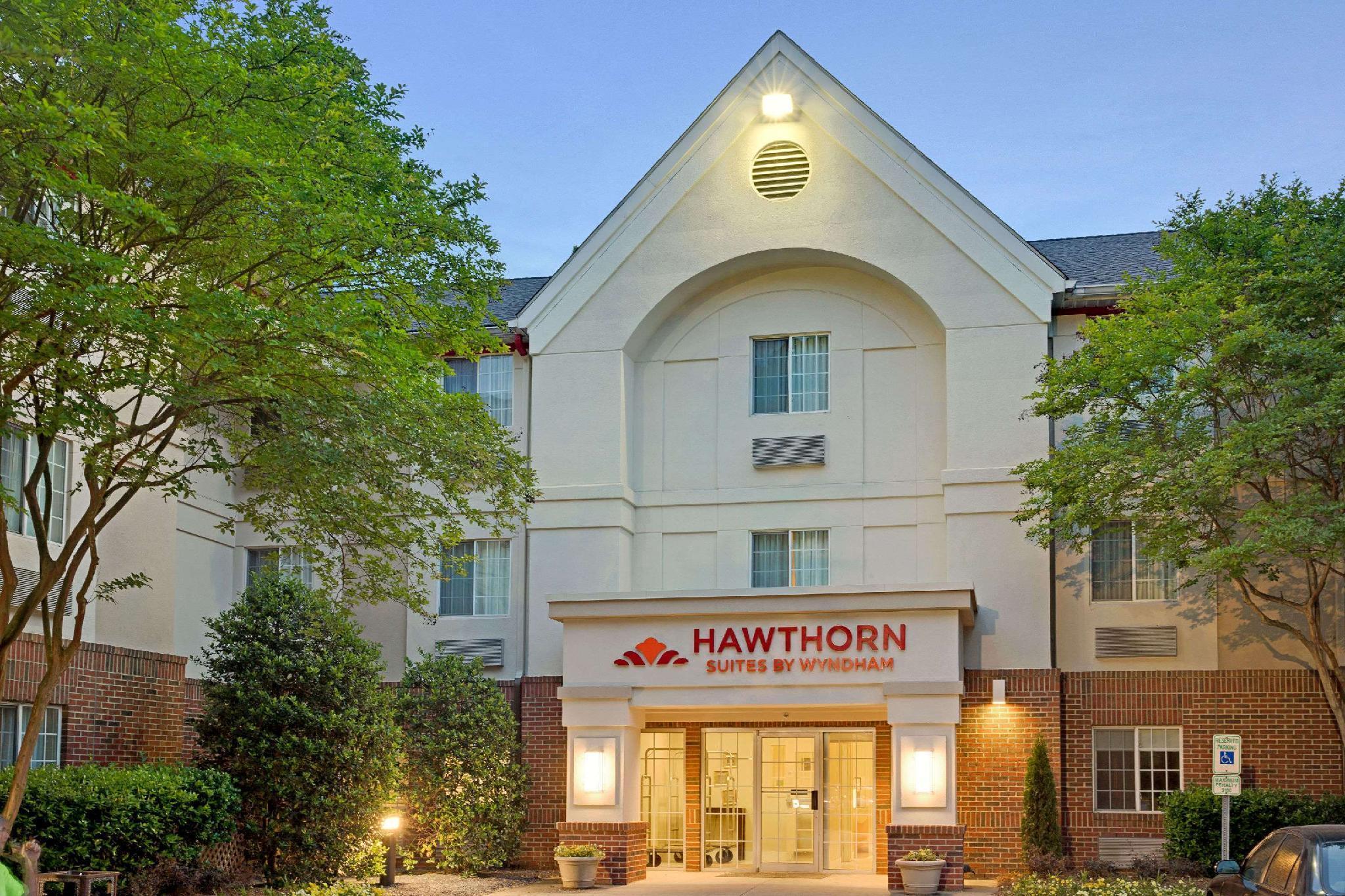 Hawthorn Suites By Wyndham Charlotte Executive Park