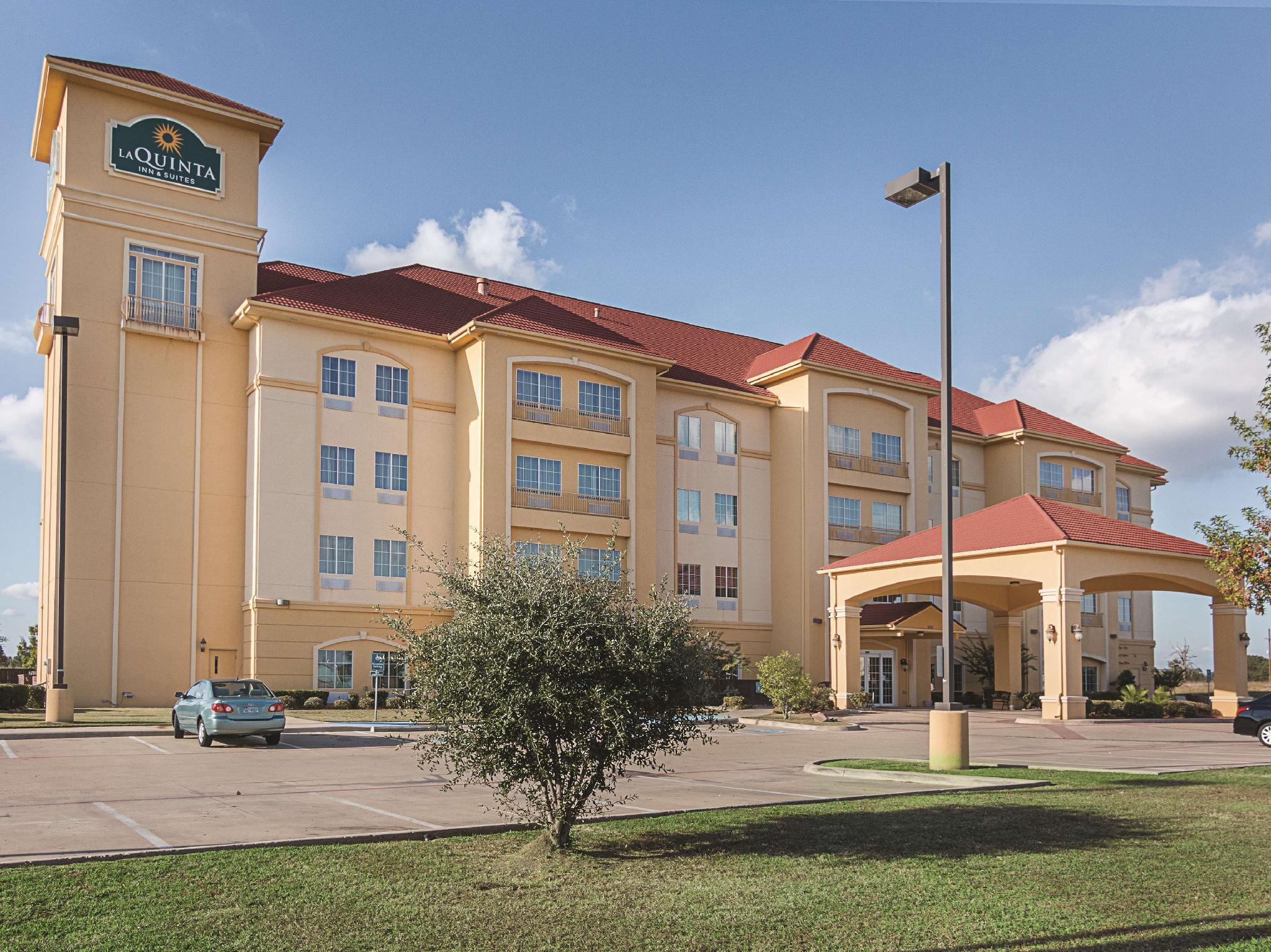 La Quinta Inn And Suites By Wyndham Mt. Pleasant