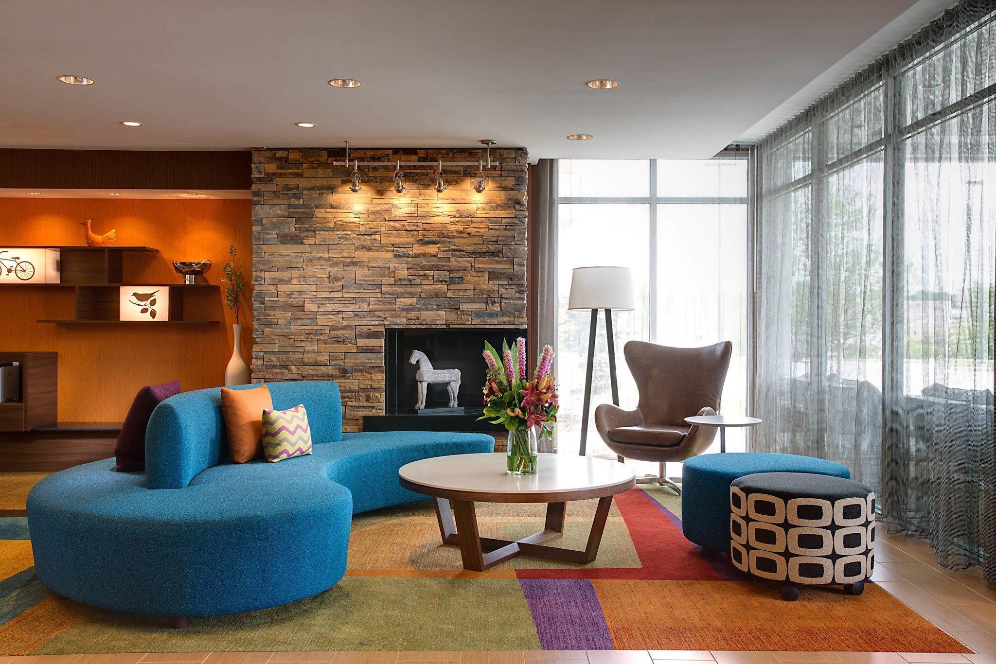Fairfield Inn & Suites Dallas West I 30