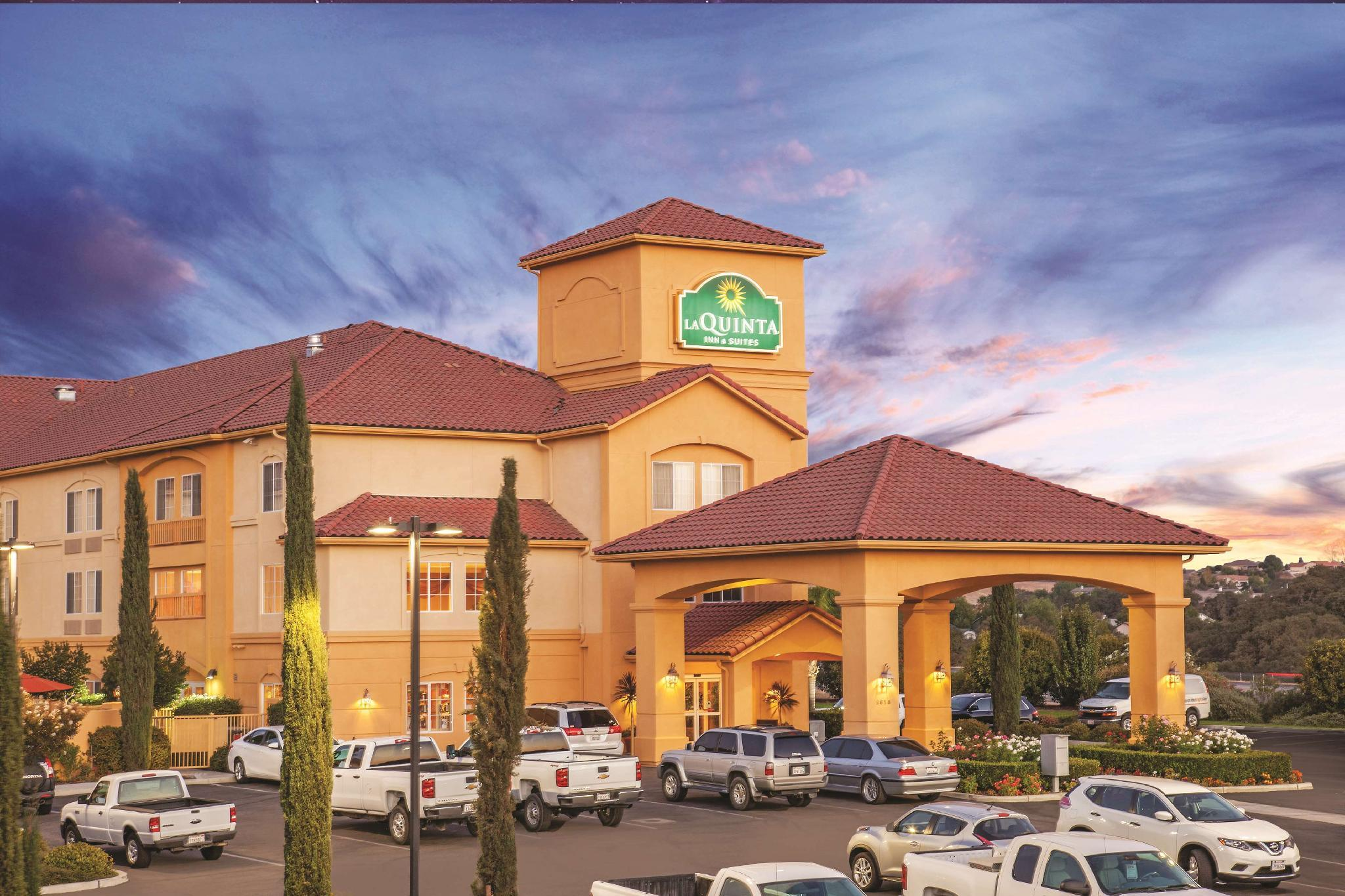 La Quinta Inn And Suites By Wyndham Paso Robles