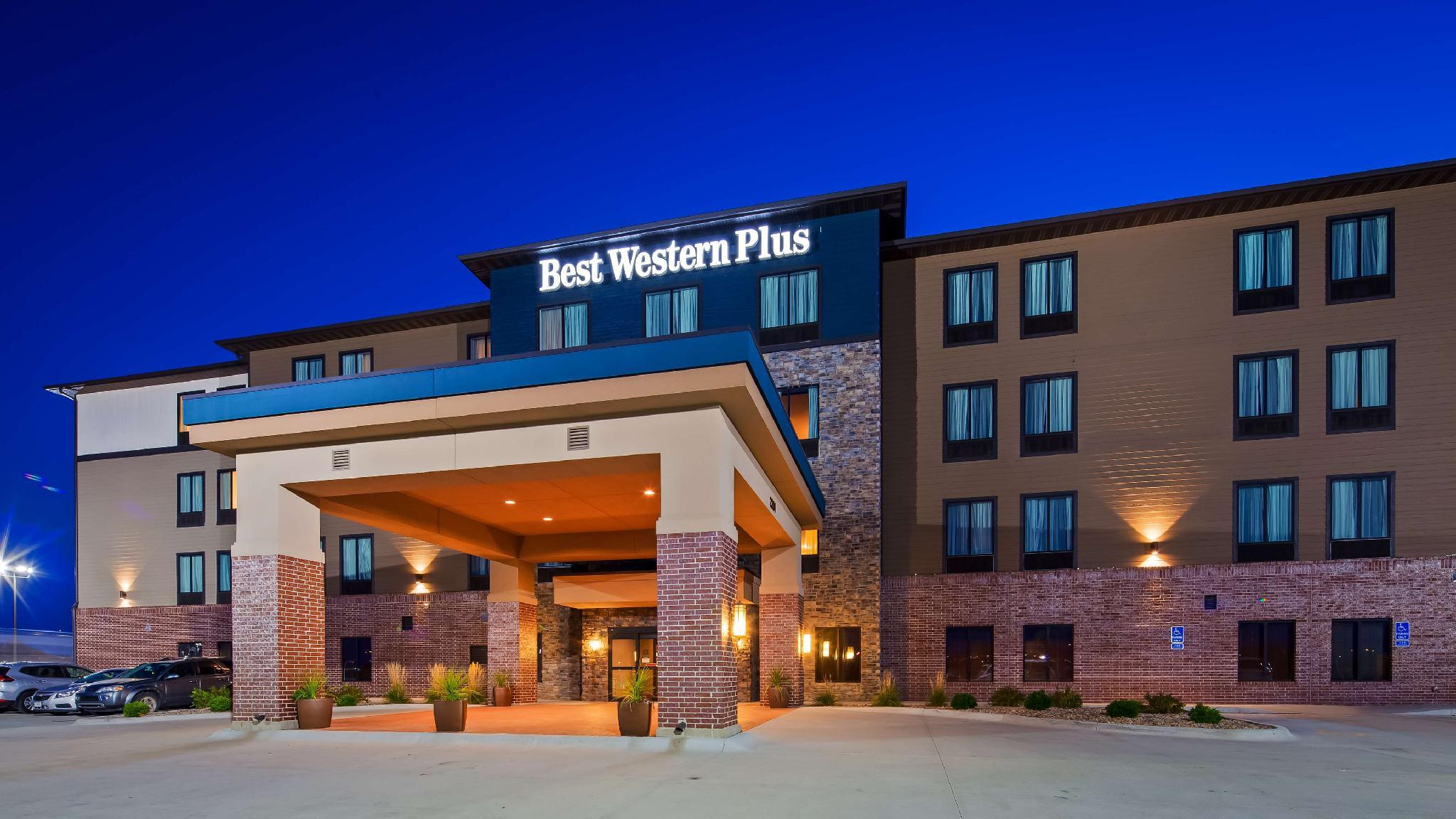 Best Western Plus Lincoln Inn And Suites