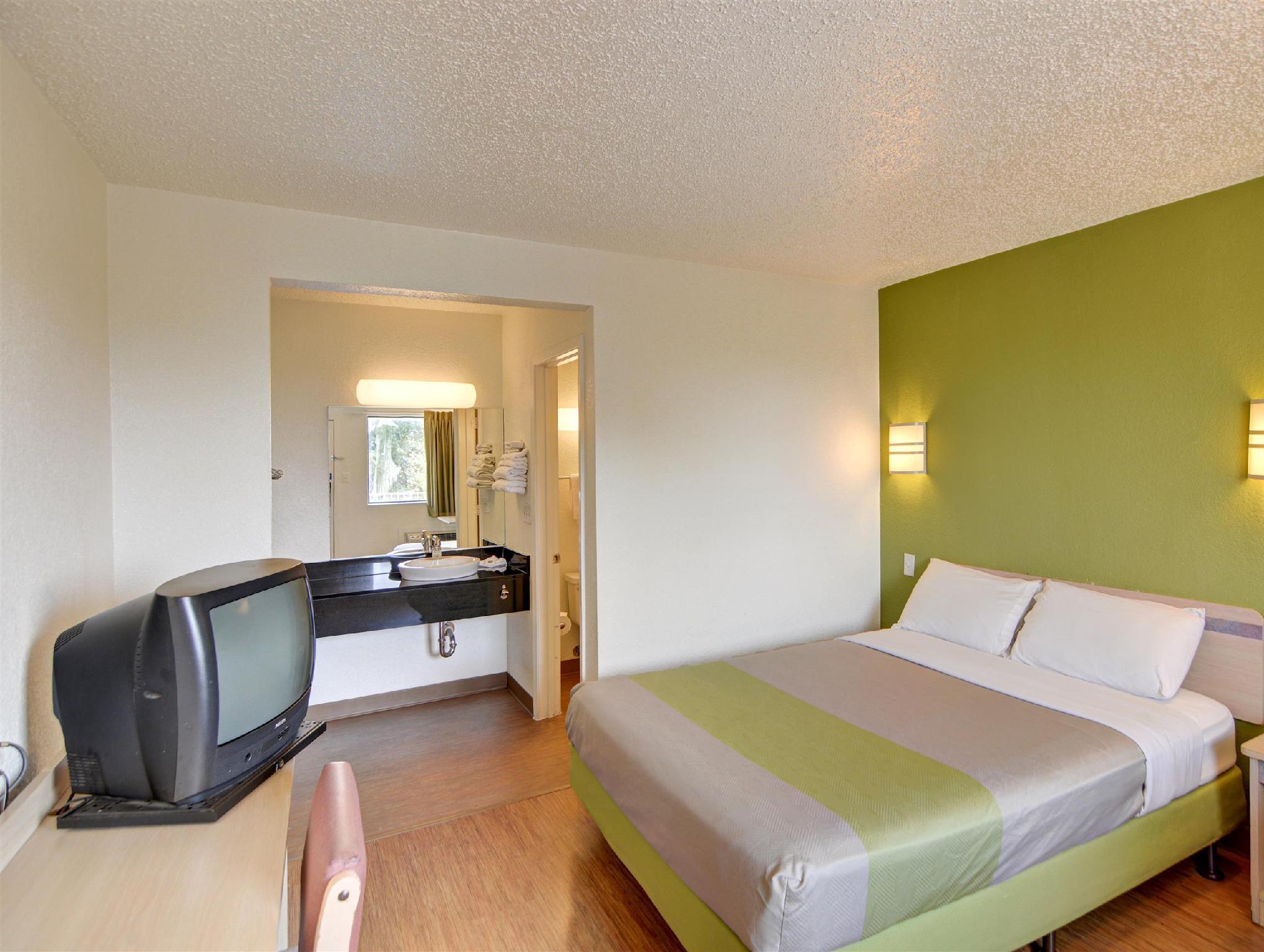 OYO Hotel Fort Worth East Gateway Ball Park