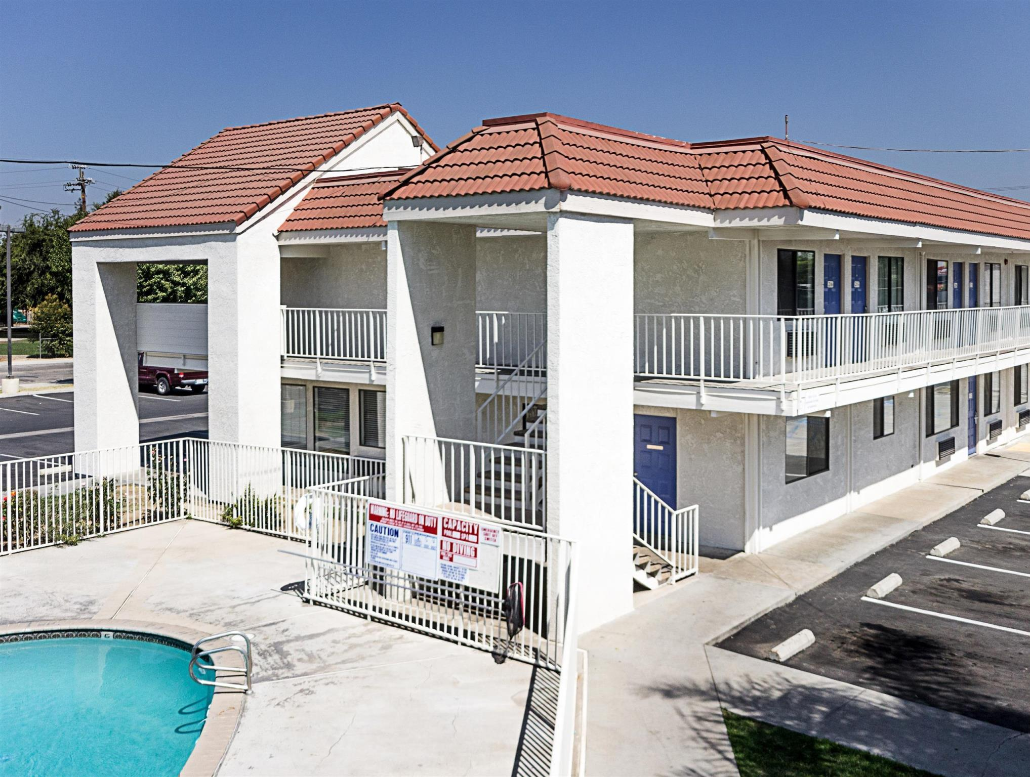 Motel 6 Fresno   North Barcus Avenue