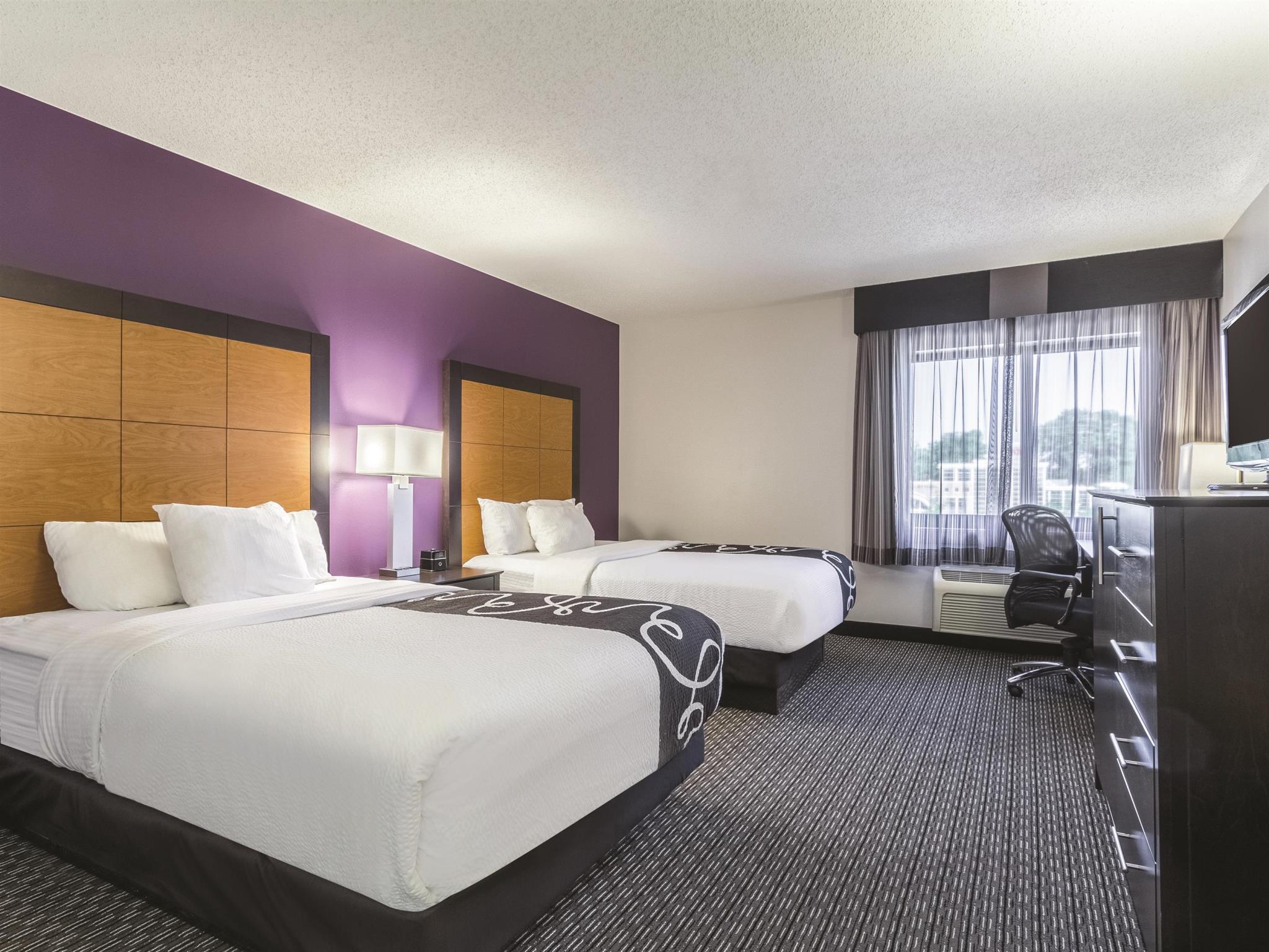 La Quinta Inn & Suites By Wyndham Seattle Bellevue Kirkland