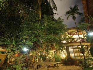 Mysteres & Mekong Phnom Penh - Reception
