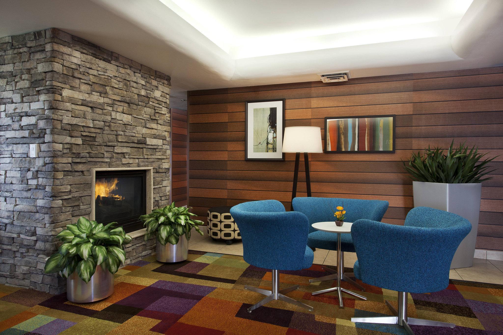 Comfort Inn And Suites Phoenix North   Deer Valley