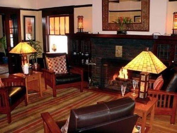 Amber House Inn Of Midtown