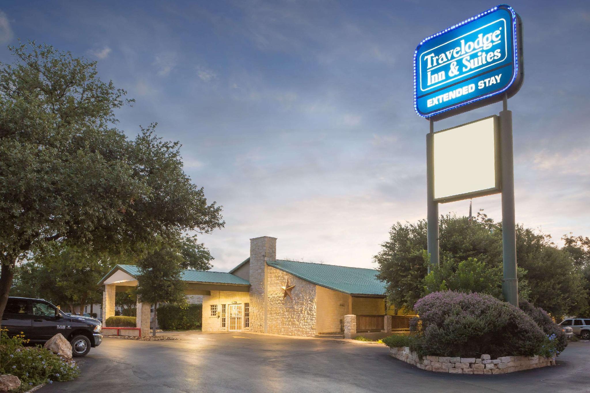 Travelodge Inn And Suites By Wyndham San Antonio Airport