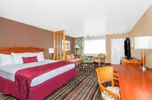 Days Inn & Suites by Wyndham Logan Logan (UT)