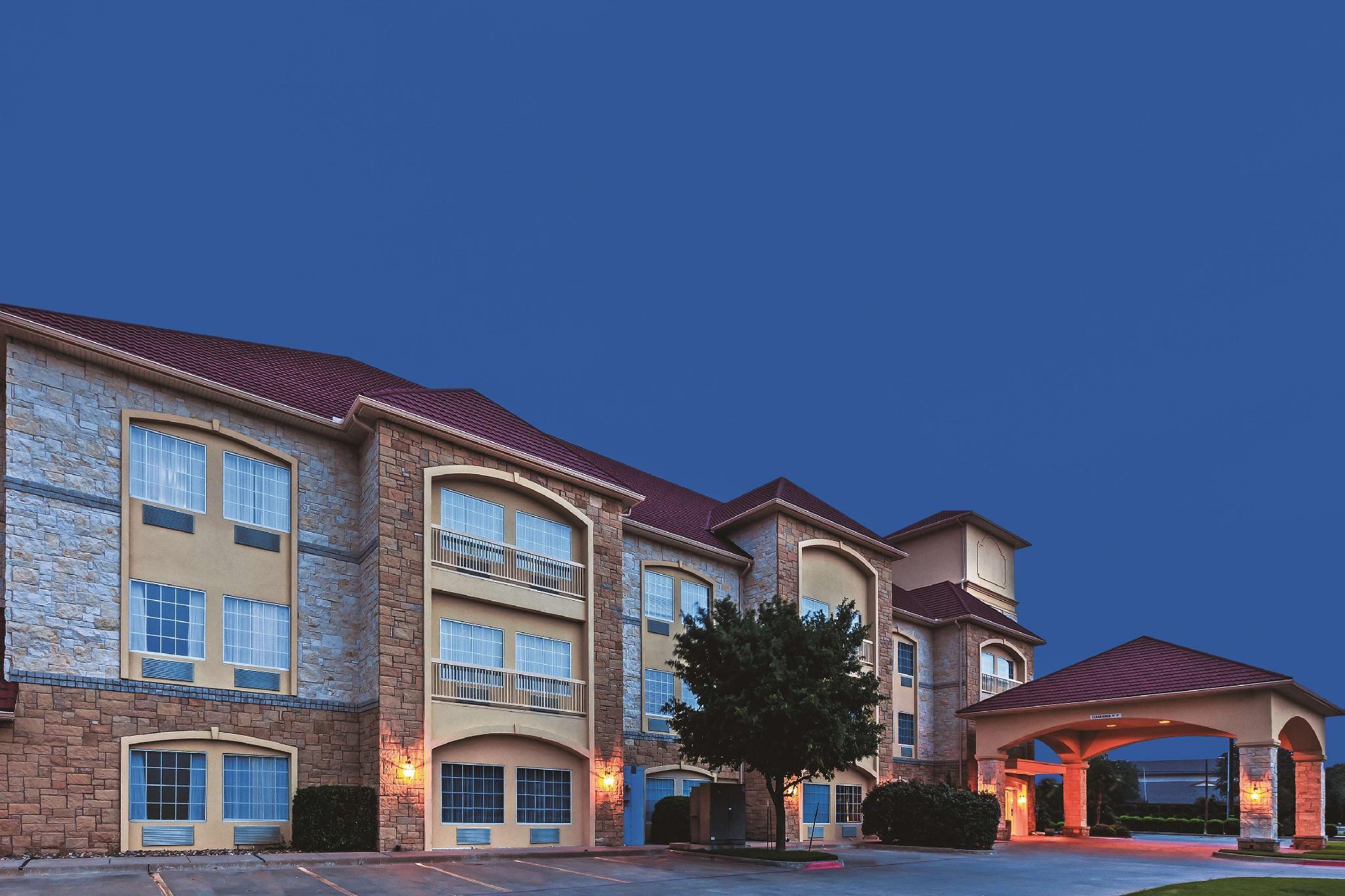 La Quinta Inn And Suites By Wyndham Granbury