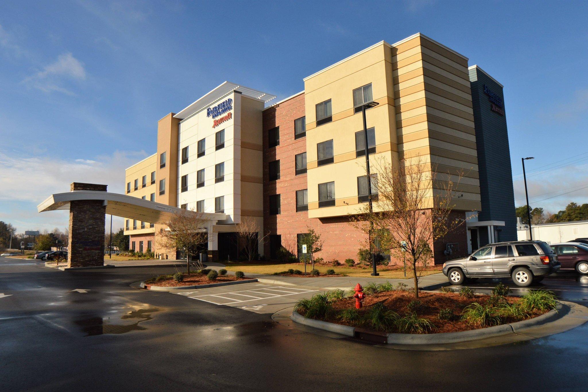 Fairfield Inn And Suites Dunn I 95