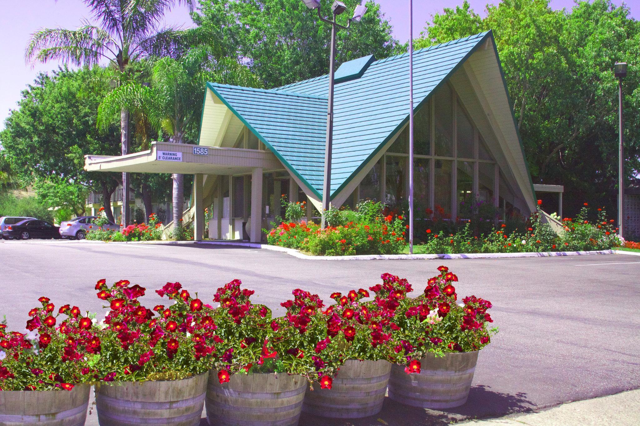 Rose Garden Inn   San Luis Obispo