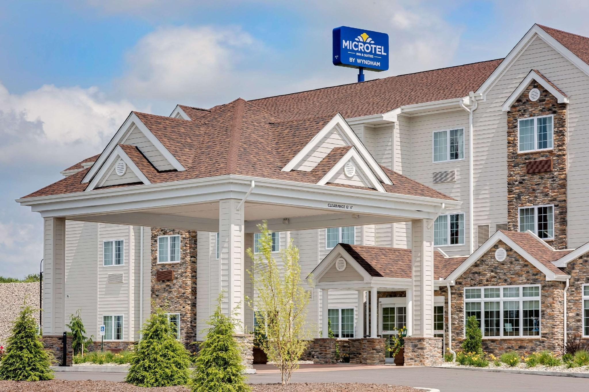 Microtel Inn And Suites By Wyndham Clarion