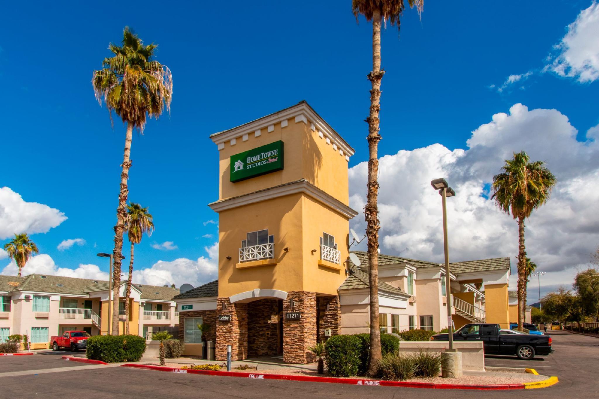 HomeTowne Studios Phoenix   Black Canyon Highway