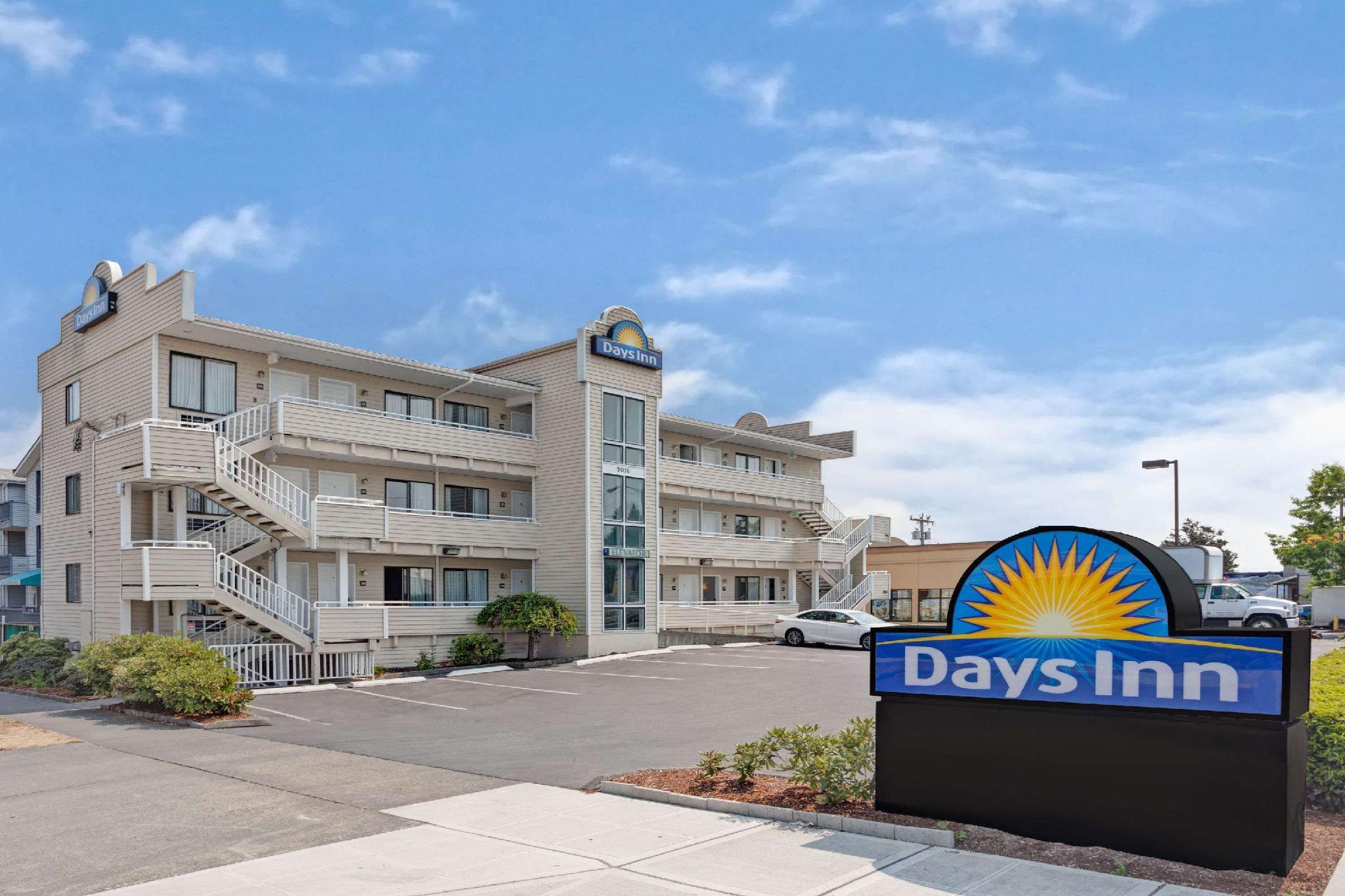 Days Inn By Wyndham Seattle North Of Downtown